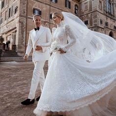 Lady Diana, Ceremony Dresses, Bridal Dresses, Grace Kelly, Princess Diana Niece, Michael Lewis, Spencer Family, European Wedding, Palais Des Festivals