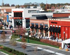 2.10.13 - Indiana's Clay Terrace mall offers free solar charging for EVs.