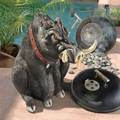 Design Toscano Bad Intentions Giant Warthog Garden Statue   NE150150