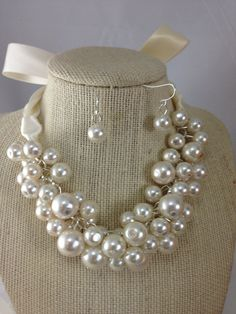 Ivory+pearl+chunky+necklace++bridesmaid+jewelry+by+bazinedezine,+$28.00