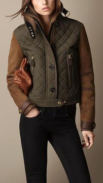 Burberry - Brown Waxed Cotton Jacket with Shearling Sleeves Fashion Now, Tomboy Fashion, Trent Coat, Coats For Women, Jackets For Women, Waxed Cotton Jacket, Elisa Cavaletti, Modelista, Burberry Jacket