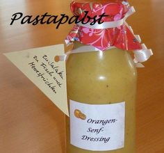 Orangen-Senf-Dressing The perfect orange mustard dressing recipe with picture and simple step-by-step instructions: Gives 250 ml. Vinaigrette, Kefir Benefits, Kefir Recipes, Plus Size Vintage Dresses, Water Kefir, Mustard Dressing, Dressing Recipe, Lidl, Food Pictures