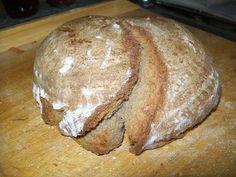 Das perfekte Brot-Brötchen: Opa Alfred`s Sauerteigbrot-Rezept mit einfacher Schritt-für-Schritt-Anleitung: Das Roggenmehl, das Dinkelmehl, den Sauerteig…