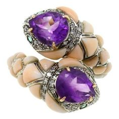 Preowned Luise Amethyst Coral Diamond Emerald Snake Ring ($2,143) ❤ liked on Polyvore featuring jewelry, rings, fashion rings, red, snake ring, red coral ring, amethyst rings, emerald jewelry and pre owned diamond rings