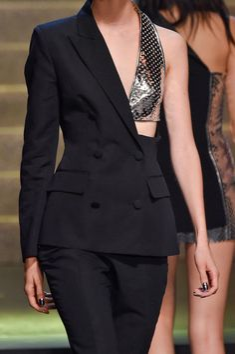 Jean Paul Gaultier at Paris Fashion Week Spring 2015 - Details Runway Photos Jean Paul Gaultier, Paul Gaultier Spring, Suit Fashion, Runway Fashion, High Fashion, Fashion Dresses, Bts Mode, 2015 Fashion Trends, Fashion Details