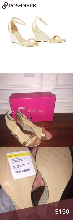 NWT Lilly Pulitzer Jenna gold wedge sandals Size 9 NWT Gold metallic Lilly Pulitzer Shoes Sandals