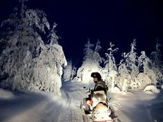 Night time #snowmobiling !!