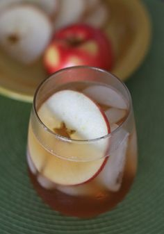 Iced Apple Cinnamon Tea
