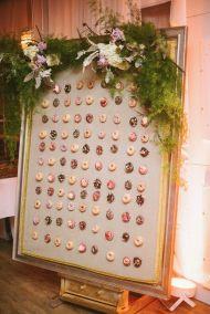 A776 WEDDING CONFETTI CONE WALL STAND donut doughnut wall wedding party table