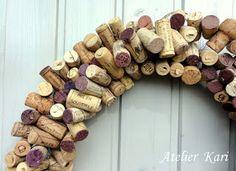 Atelier Kari naturdekorasjoner og kranser Wreaths, Texture, Wood, Crafts, Atelier, Surface Finish, Manualidades, Woodwind Instrument, Timber Wood