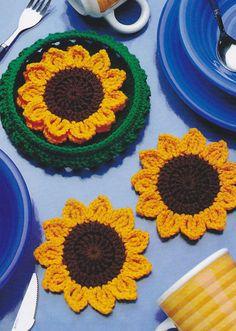 CUTE Basket of Sunflowers Coasters/Decor/Crochet Pattern Instructions Crochet Coaster Pattern, Crochet Flower Patterns, Crochet Motif, Crochet Doilies, Crochet Flowers, Knit Crochet, Sewing Patterns, Crochet Kitchen, Crochet Home