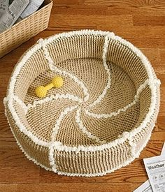 crochet pattern - shearling cat or dog bed