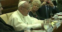 Papa: bispos poderão ser destituídos por negligência em casos de pedofilia