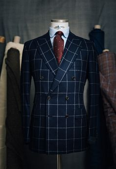 Orazio LucianosourceMore menswear & suits!