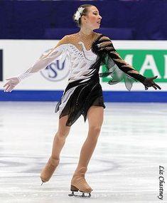 Polina Shelepen Figure Skating Outfits, Figure Skating Dresses, Dancing Figures, Dance Costumes Lyrical, Ice Dance, Gymnastics Leotards, Sport Wear, Dance Outfits, Roller Derby
