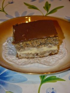 """Cristina's world: Prajitura """"Amintire de ecler"""" - dukan Dukan Diet Recipes, No Carb Recipes, Vegetarian Cooking, Vegetarian Recipes, Low Carb Desserts, Dessert Recipes, Points Plus Recipes, Wheat Belly Recipes, Low Carbohydrate Diet"""