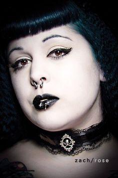 Gothic victorian black pvc and lace velvet cameo skull crossbones jewelry choker