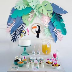 Image of Pack imprimible Tropical Party Flamingo Party, Flamingo Birthday, Birthday Diy, Birthday Parties, Party Fiesta, Luau Party, Tropical Party Decorations, Diy Jungle Birthday Decorations, Paper Decorations