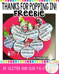 meet the teacher night Meet the Teacher Night Gift- Thanks for Popping In! Thanks for popping in! Cute and free gift tags for meet the teacher night or open h Welcome To Kindergarten, Welcome To School, Kindergarten Gifts, Beginning Of The School Year, New School Year, First Day Of School, Sunday School, Second Grade Teacher, Meet The Teacher