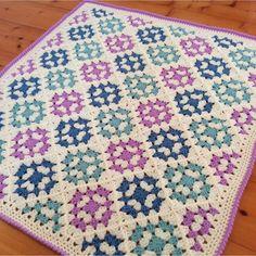 Diy Crafts Love, Diy Crafts Crochet, Crochet Projects, Baby Knitting Patterns, Easy Crochet Patterns, Baby Blanket Crochet, Crochet Baby, Free Crochet, Granny Square Blanket