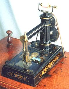 """❤✄◡ً✄❤ This """"Excelsior"""" model was sold by Whight & Mann during the 1860s. Both hand and treadle versions were available. The machine forms a dual thread loopstitch. - http://www.dincum.com/library/libraryimages/lib_wm_excelsior.jpg"""