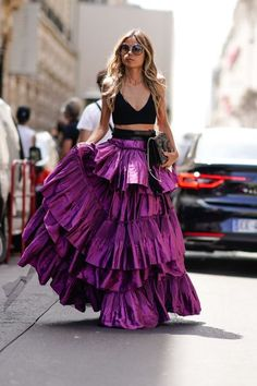 Erica Pelosini wears a black low neck bare belly top, and a purple ruffled large skirt , outside the Elie Saab show, during Paris Fashion Week - Haute Couture Fall/Winter on July 2017 in Paris, France. Fashion Week Paris, Paris Street Fashion, Modern Fashion, Love Fashion, Fashion Show, Fashion Outfits, Womens Fashion, Fashion Design, Sneakers Fashion