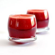 Berry Beet Breakfast Juice