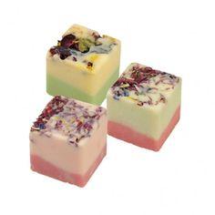 BadeFee - Pasticcini da Bagno- Set 3 Sunny Fruit, Melone e Melograno Contenuto: 3 pz. e scatola regalo