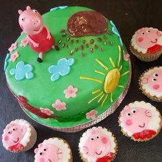Torta pepa y cupcake