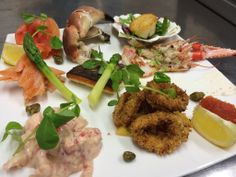 This weekend at the Driftwood Brasserie, our lovely large seafood platter - All fresh, delicious and waiting for you!!! https://www.facebook.com/106995292674774/photos/a.337530956287872.80229.106995292674774/742850505755913/?type=3