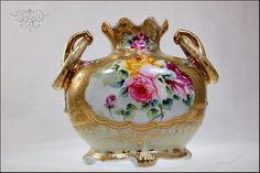 ANTIQUE NIPPON PORCELAIN HEAVY GOLD PINK ROSES RING HANDLES VASE /155