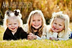 Portrait Lighting Class The cousins would look so cute, as long as we could get them to all look at the camera and smile at [. Sibling Photography Poses, Sister Photography, Sibling Poses, Kid Poses, Children Photography, Photography Ideas, Siblings, Photography Camera, Landscape Photography