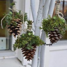 Most current Free of Charge Xmas crafts wreaths Popular Having a nights Holiday art notion brainstorming. It is 5 a short time just before Christmas. Noel Christmas, Outdoor Christmas, Rustic Christmas, Christmas 2019, All Things Christmas, Christmas Wreaths, Christmas Ornaments, Garden Ornaments, Christmas Projects