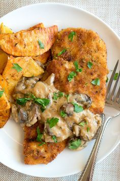 1000+ ideas about German Schnitzel on Pinterest | Pork Schnitzel ...