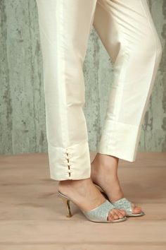 W16-58 - Spun silk ankle length straight pants