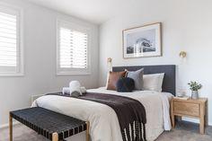 ★★★★★ Eliza Lee One, Jindabyne, Austrália 6 Bedroom House, 3 Bedroom Apartment, Master Bedroom, Cafe Bar, Boutique Interior, Interior Styling, Kitchen Design, New Homes