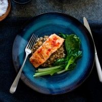 The key to a simple, healthy and flavoursome meal, Regal Salmon has a wealth of different fresh and smoked salmon recipes to suit any occasion, taste, or level of cooking expertise. Japanese Rice, Glazed Salmon, Salmon Recipes, Lime, Beef, Healthy Recipes, Asian, Chicken, Ethnic Recipes