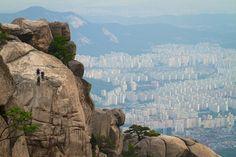 25 insanely awesome rock climbing photos - Matador Network