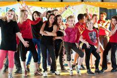 Tipuri de dans pentru copii - kids dancing - dance group