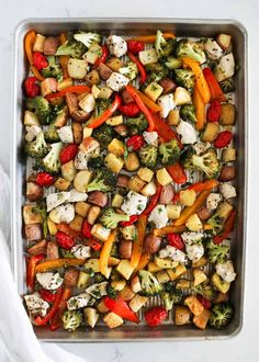 This sheet pan chicken and veggies is just one of my favorite sheet pan healthy dinner ideas that come together so quickly and effortlessly. Vegetable Dishes, Vegetable Pizza, Turkey Recipes, Chicken Recipes, Chicken And Vegetables, Veggies, Lunch To Go, Sandwiches, Dried Basil Leaves