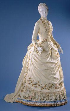 Dress c.1885 From the Philadelphia Museum of Art