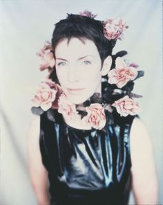 Photographs by Paolo Roversi - Annie Lennox Black Limousine, Androgynous People, Annie Lennox, Paolo Roversi, Women In Music, Damsel In Distress, Androgyny, Single Women, Celebs