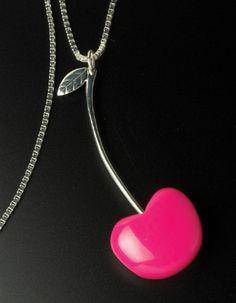 Kirsikkakaulakoru neliöketjulla Pinkki naisten muotikoru, muotikorut netistä, design-koru, hopeakoru, hopeakorut netistä