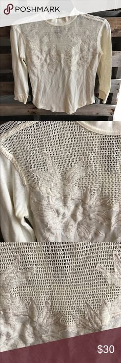 Gorgeous Free People blouse XS EUC This is one of my favorite Free People tops. Beautiful crocheted detail and button closure at the back . Smoke and pet free home . Bundle discount 20% Free People Tops Blouses
