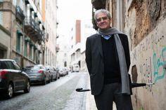 Mário de Carvalho - Era Bom Que Trocássemos Umas Ideias Sobre o Assunto #livros #bookreviews http://bicho-das-letras.blogspot.pt/2016/06/era-bom-que-trocassemos-umas-ideias.html