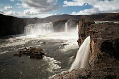 Photo gallery of Waterfall in Iceland by Tim Vollmer |
