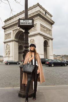 Ideas travel outfit paris france for 2020 Paris Pictures, Paris Photos, Paris Outfits, Parisienne Chic, Casual School Outfits, Triomphe, Paris Photography, Inspiration Mode, Paris Travel
