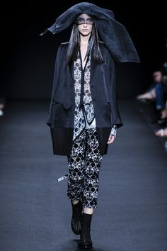 Ann Demeulemeester  love the shape