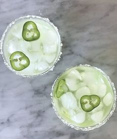 The perfect cocktail just in time for Cinco de Mayo! Skinny Margarita, Mango Margarita, Margarita Recipes, Sprite Recipe, Marg Recipe, Lime Wedge, Katrina Bowden, Stuffed Jalapeno Peppers