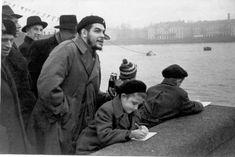 Comandante Ernesto Che Guevara - the Argentine-Cuban guerrilla fighter, revolutionary leader,. Che Guevara Quotes, Che Guevara Images, Ernesto Che Guevara, African Babies, Elliott Erwitt, Fidel Castro, Clint Eastwood, Guerrilla, Popular Culture